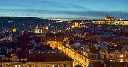 Praha večerná