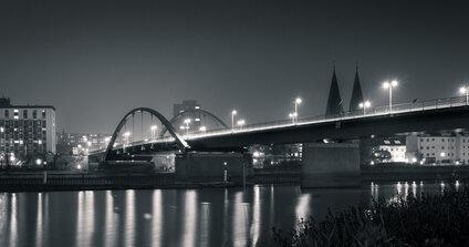 Hraničný most