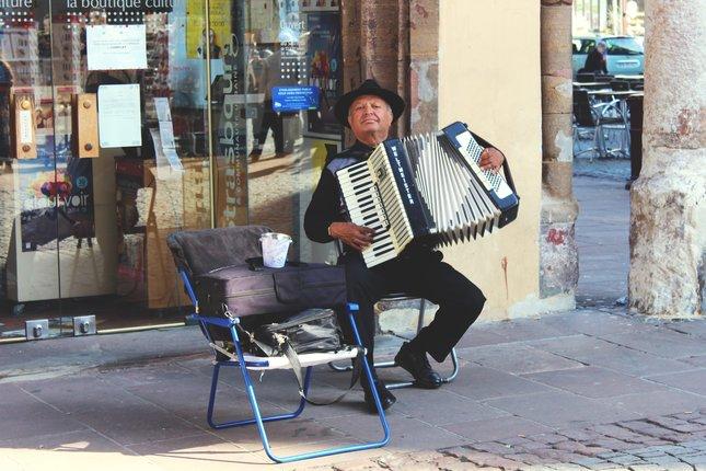 Hudobník na ulici