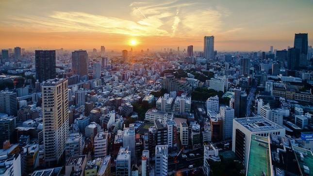 Tokijský západ slnka