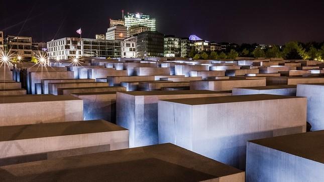 Pamatnik holokaustu