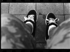 unavene a uchodene  nohe