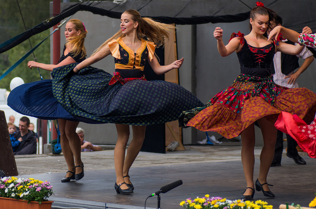 tanečnice SĽUK-u