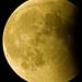 Luna vychadza z tieňa