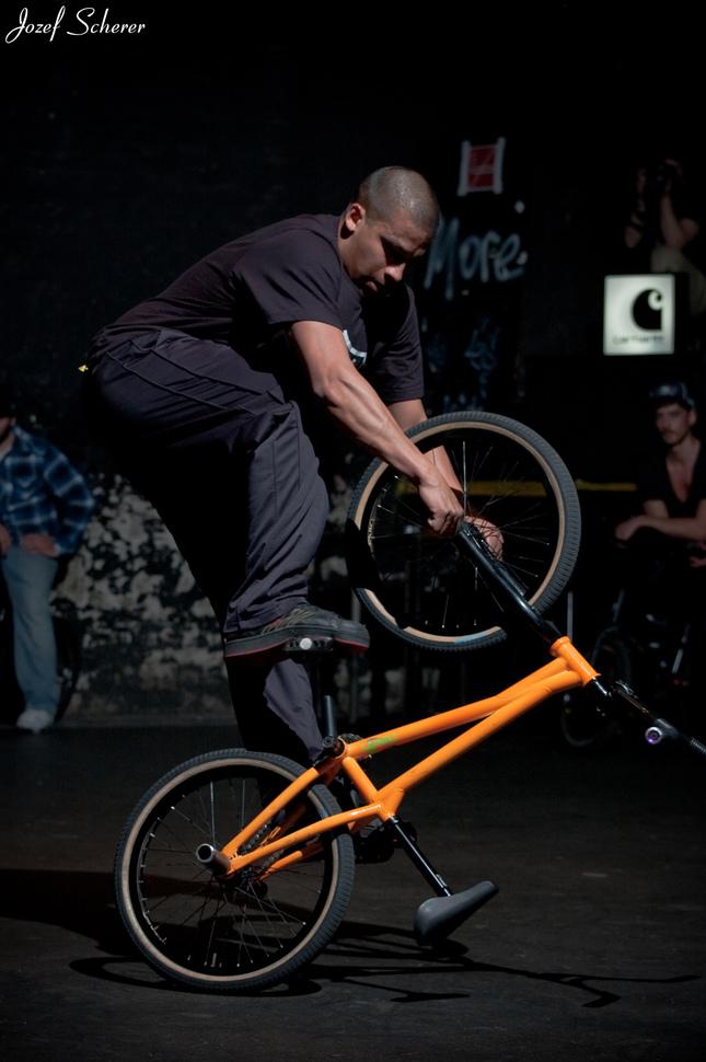 upsidedown pedal megaspin