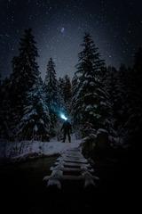 Tam pod hviezdami