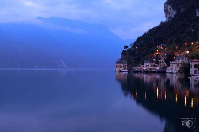 ráno na Lago di Garda