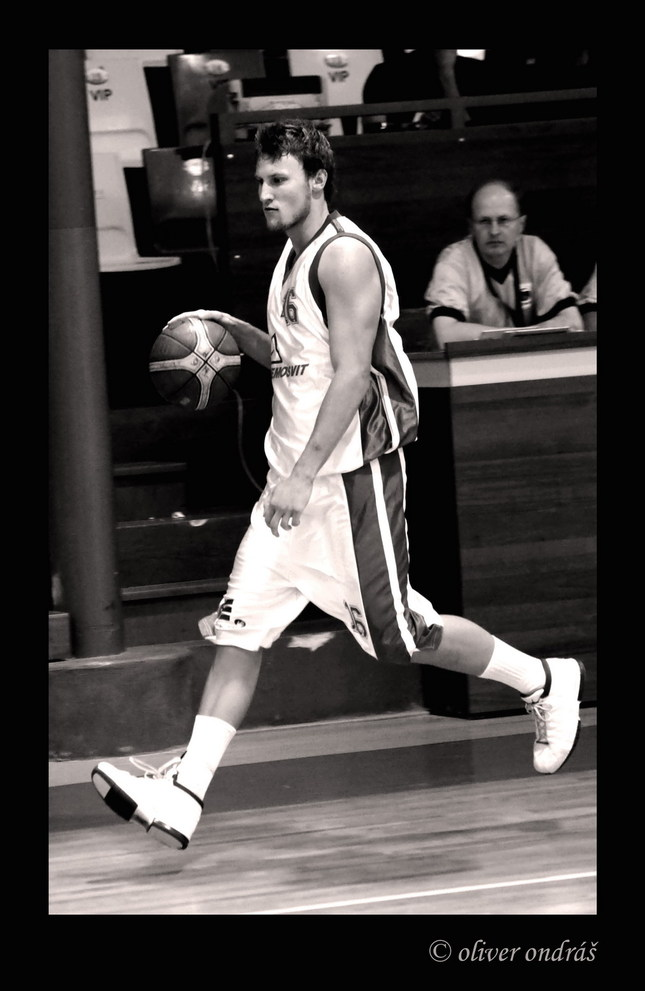 Lietajúci basketbalista