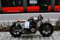 cafe racer na ulici v BA