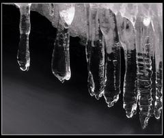 Voda,světlo,led.