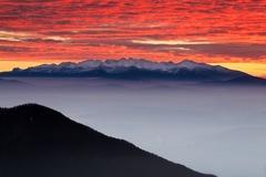 východ nad Tatrami