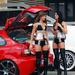 auta a ženy