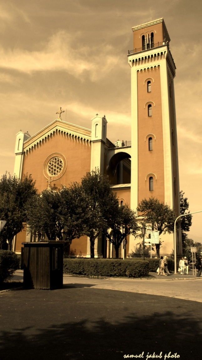 Evanjelikan church