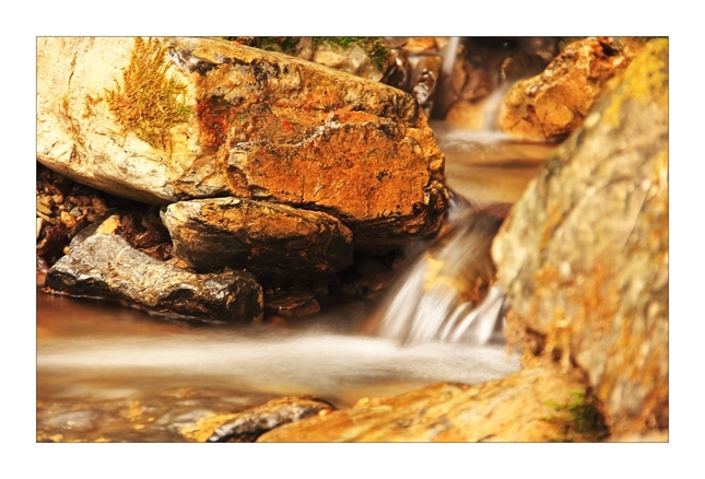 Voda + kameň