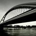 Most či klišé
