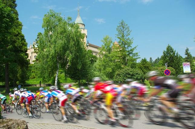 Okolo Slovenska (speed)