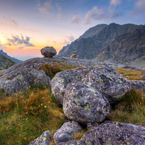 -Kamen na kameni-