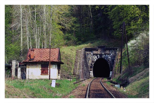 do tunela...
