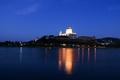 Cez Dunaj