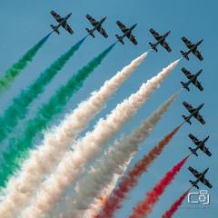 Frecce tricolori v akciii