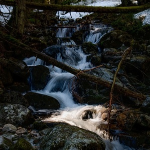 Horská jarná voda