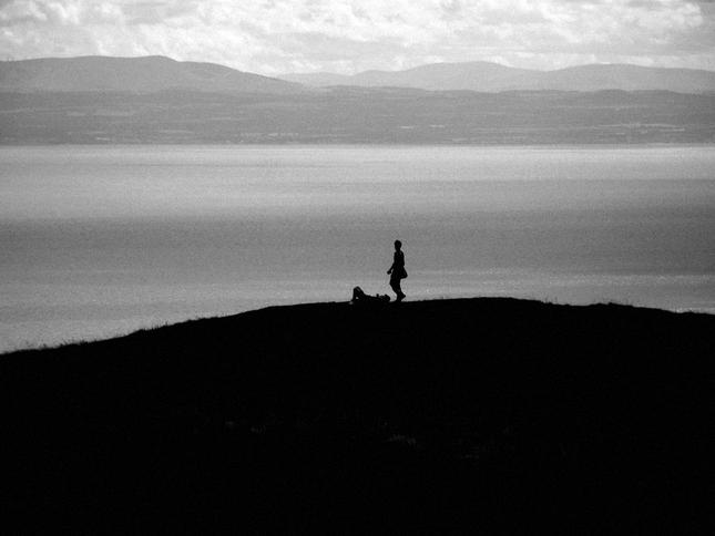 Chlapec na kopci