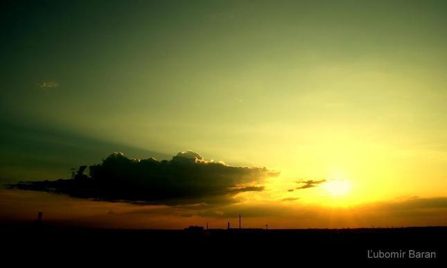 Západ slnka nad Bratislavou