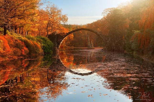 Podzimní jezírko