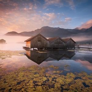 Ráno u jezera