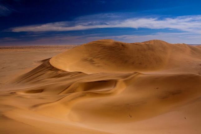 v zajatí piesku