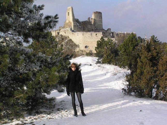 pred hradom