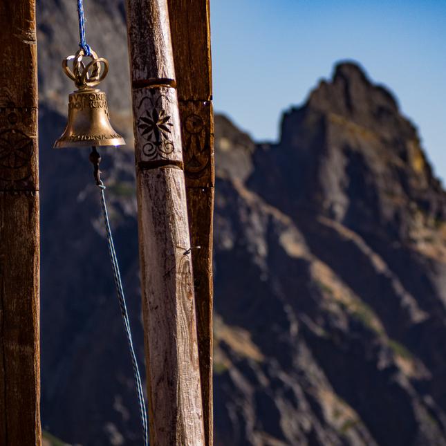 """mountain bell"""