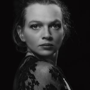 Model: Anya
