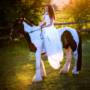 Dievca na koni