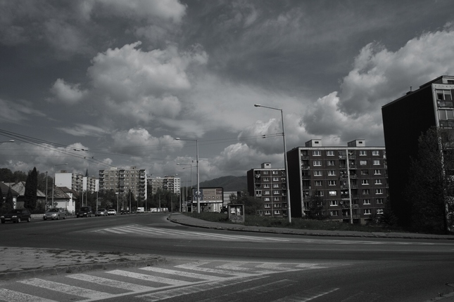 V uliciach mesta