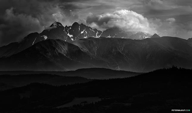 Hutné hory naše