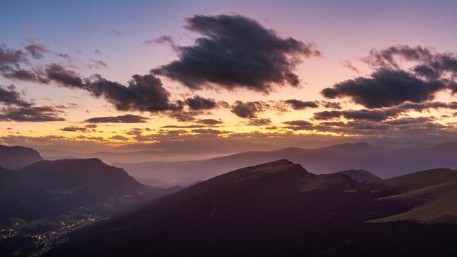 Farebný západ slnka