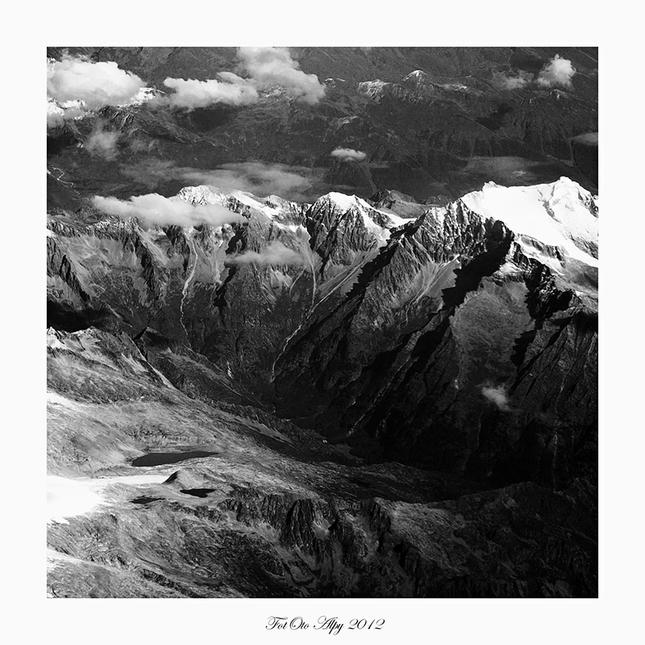 Alpské pleso III B&W