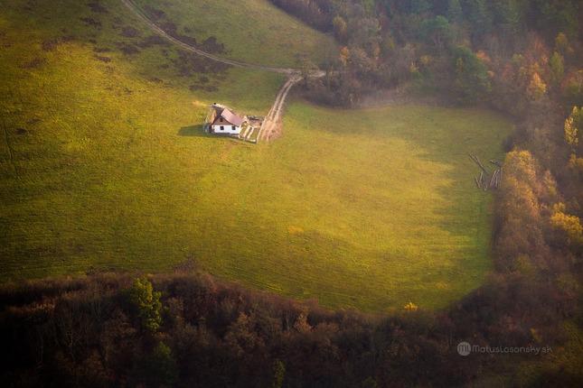 Chalúpka v údolí, Veľký Manín