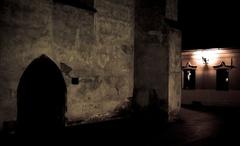 V nočných uličkách IV.