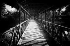 Most cez minulosť