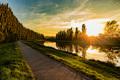 západ pri rieke Nitra
