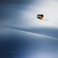 V snehových vlnách