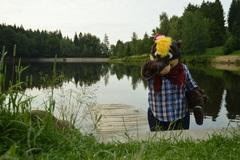 Vydra pri jazere
