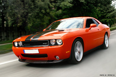 Dodge challenger - retus