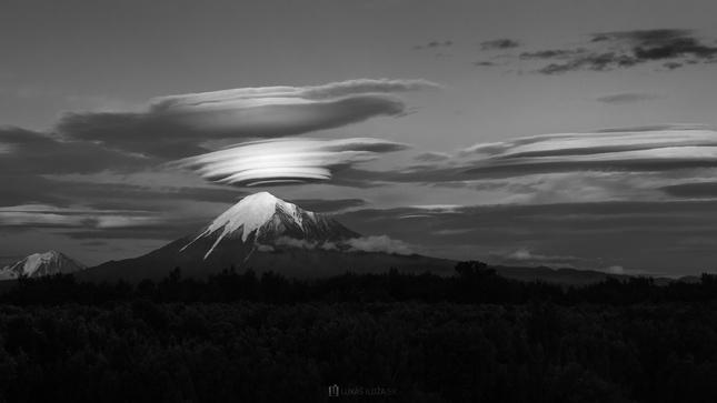 Volcano goes to sleep BW