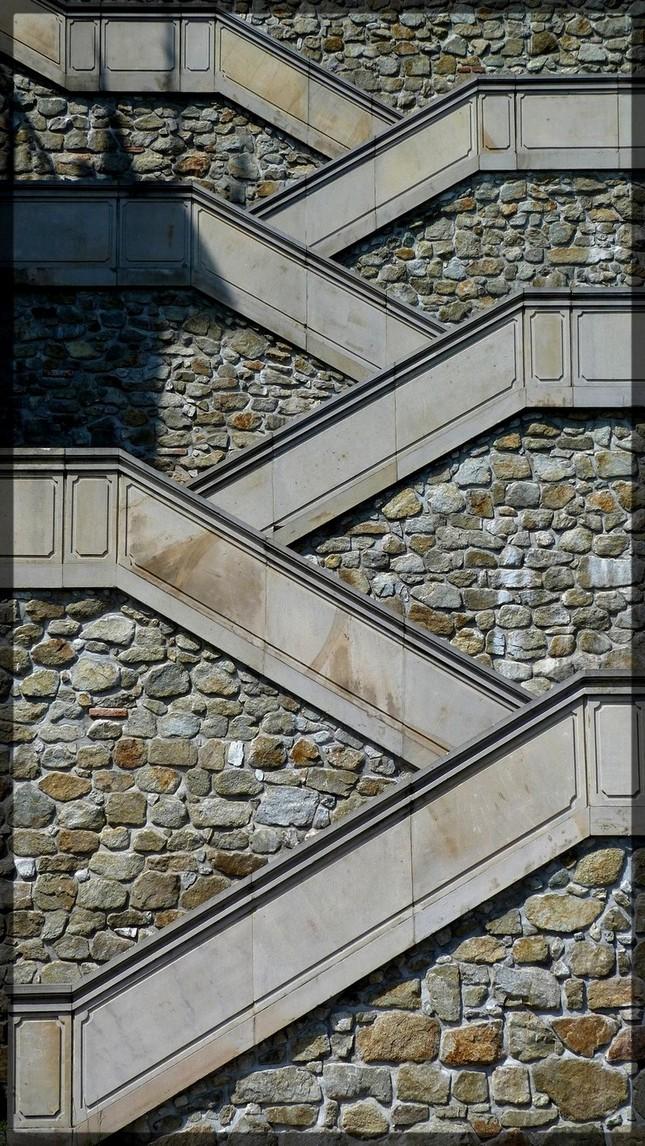 po schodoch
