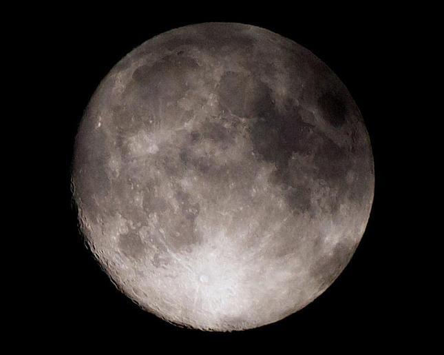 Mesiac 39 kB :)