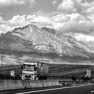 Cesta pod Tatrami