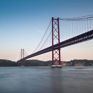 Most 25. aprila